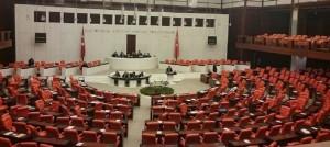 Davutoğlu'nun 'dokunulmazlık' teklifine CHP ve MHP'den ilk yanıt